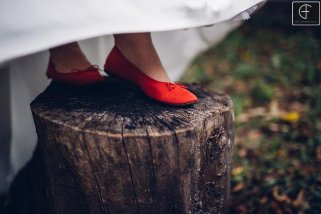 piros cipellő