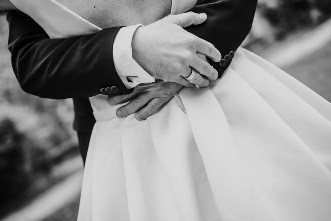 részletek az esküvőn